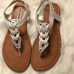 Big  girl thong  sandals used good condition SG